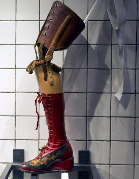 Frida Kahlo's leg-prothese