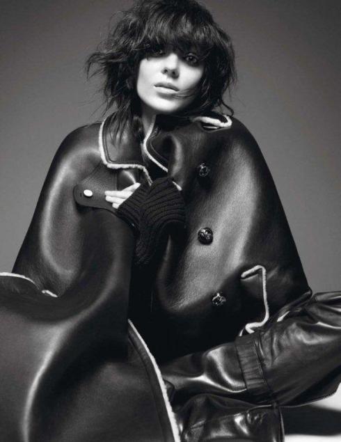 Kati-Nescher-by-David-Sims-Le-Noir-Dans-La-Peau-Vogue-Paris-November-2012-6-790x1024