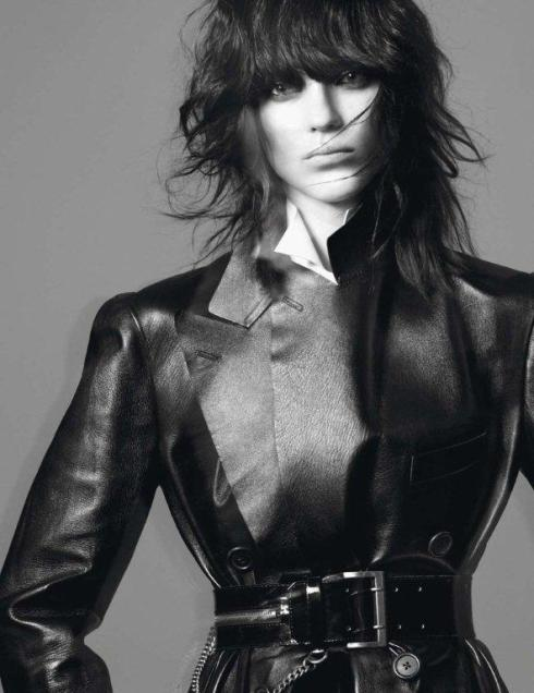 Kati-Nescher-by-David-Sims-Le-Noir-Dans-La-Peau-Vogue-Paris-November-2012