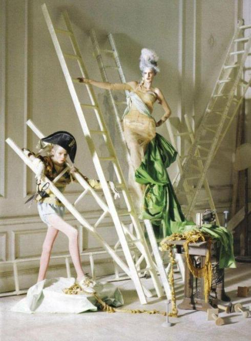 stella-tennant-imogen-morris-clarke-by-tim-walker-for-vogue-italy-march-2010-lady-grey-07