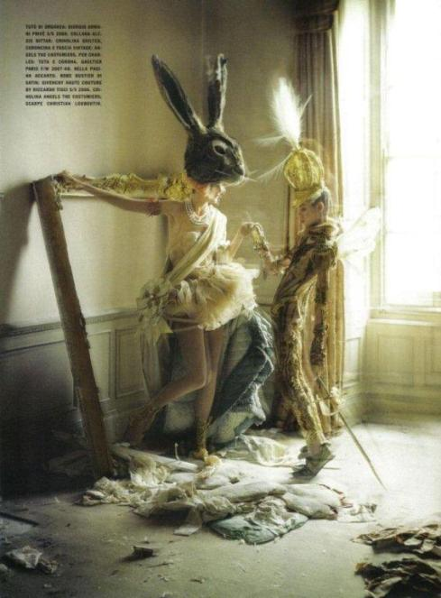 stella-tennant-imogen-morris-clarke-by-tim-walker-for-vogue-italy-march-2010-lady-grey-09