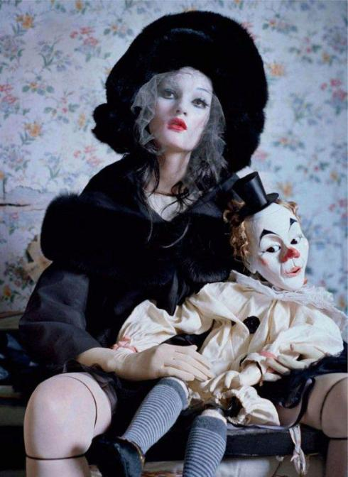 tim-walker-mechanical-dolls07