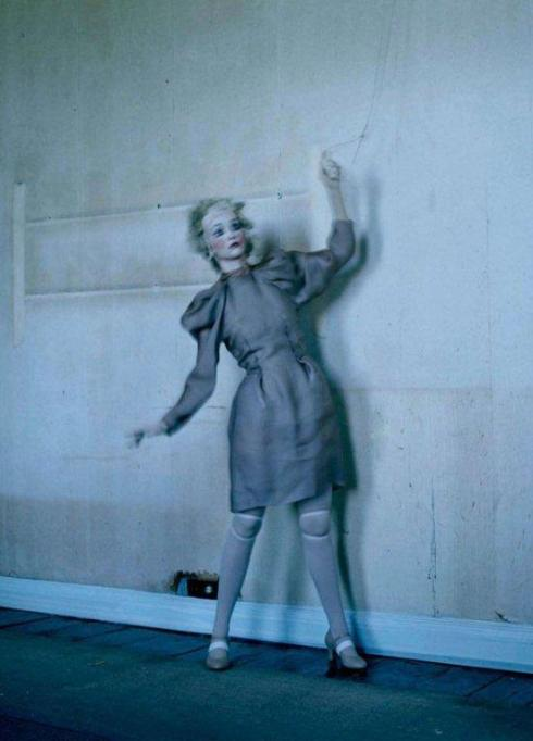 tim-walker-mechanical-dolls09