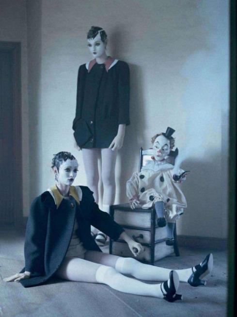 tim-walker-mechanical-dolls19