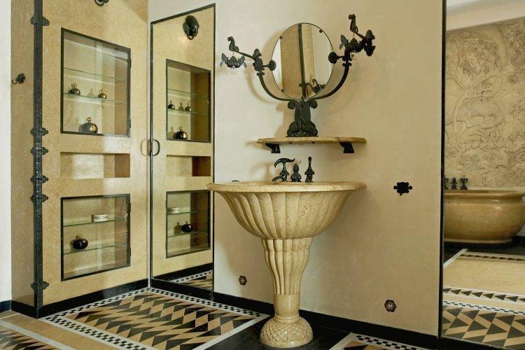 Jeanne lanvin founder of world s oldest fashion house for Salle de bain art nouveau