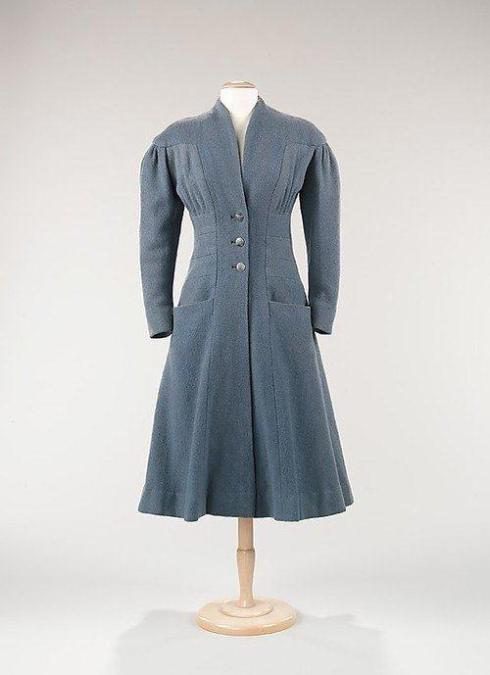 Hawes daywear