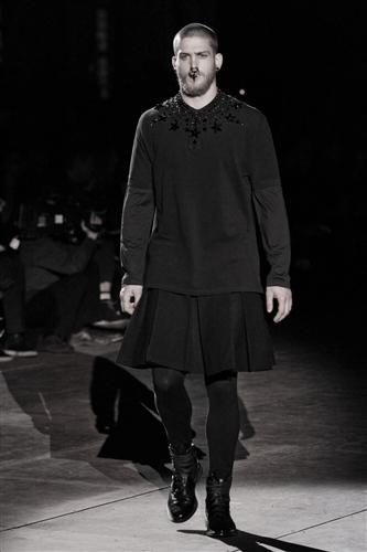 Givenchy-m-RF12-5783