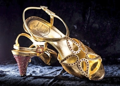 04_Coronation_Shoe Replica_2012_S