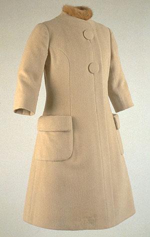 jackie-inagural-coat