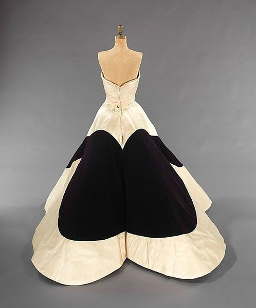 Charles James, the First American Couturier was an Egomaniac |