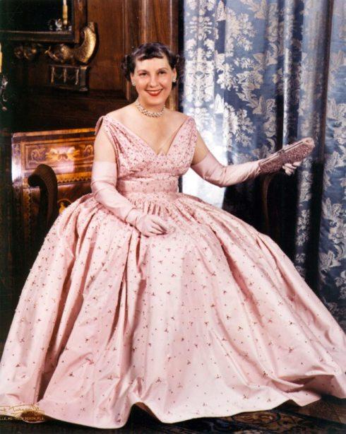 Mrs. Eisenhower in 1953