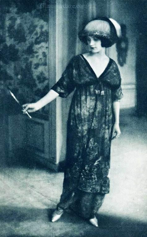 LArt-de-la-Robe-Paul-Poiret-1911j