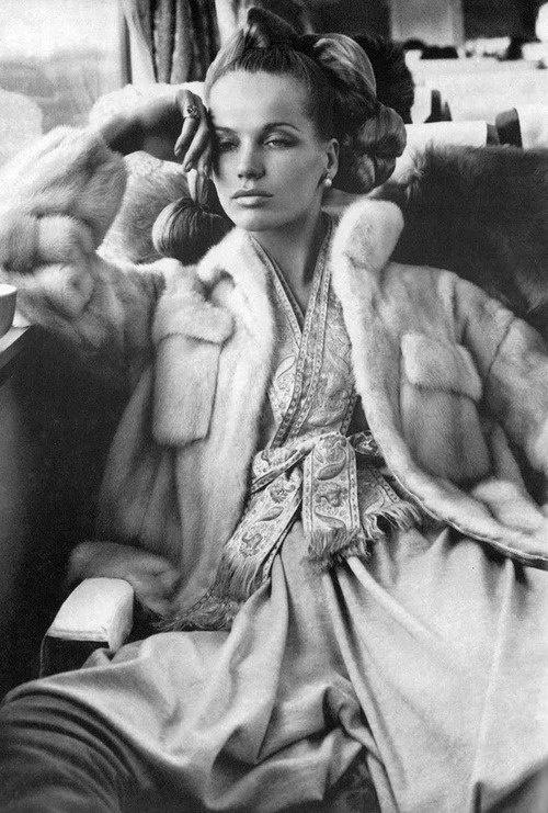 Veruschka in perhaps the Most Epic Fashion Story