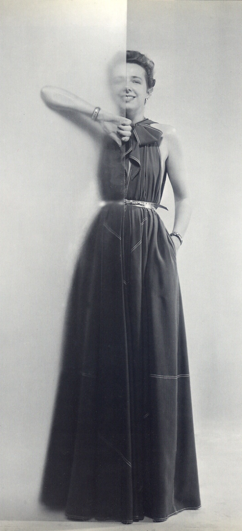 Claire McCardell modelling her Future Dress, ph. by Erwin Blumenfeld