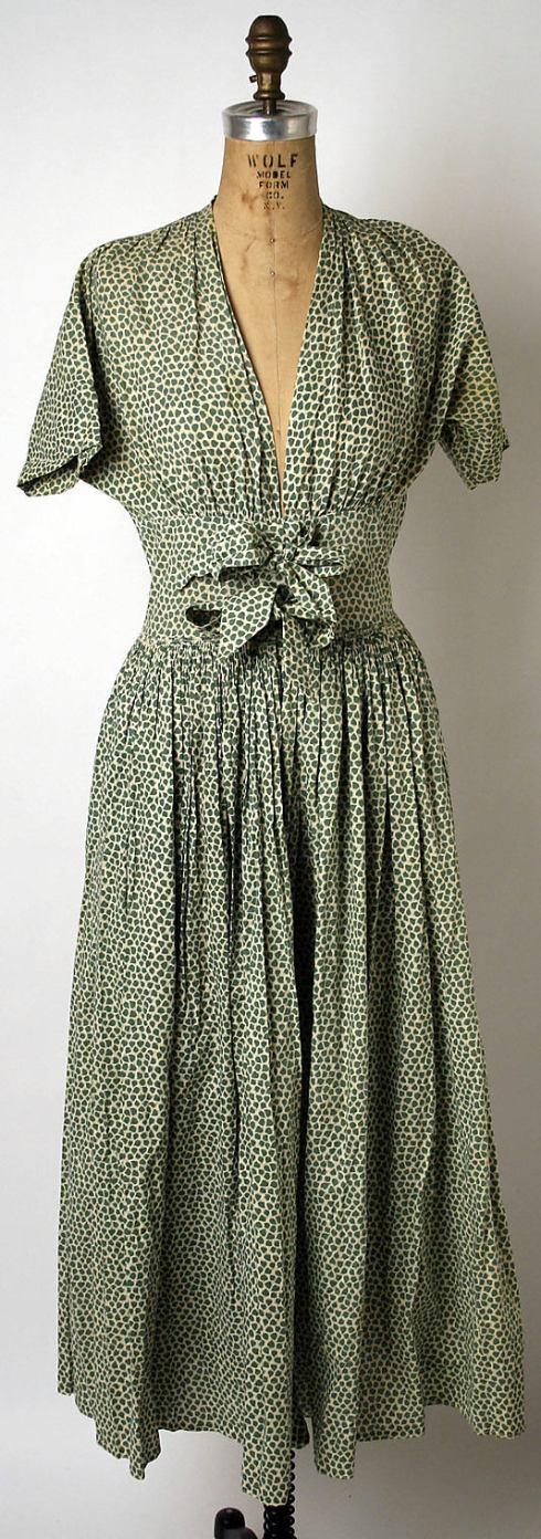 dress 1946-47