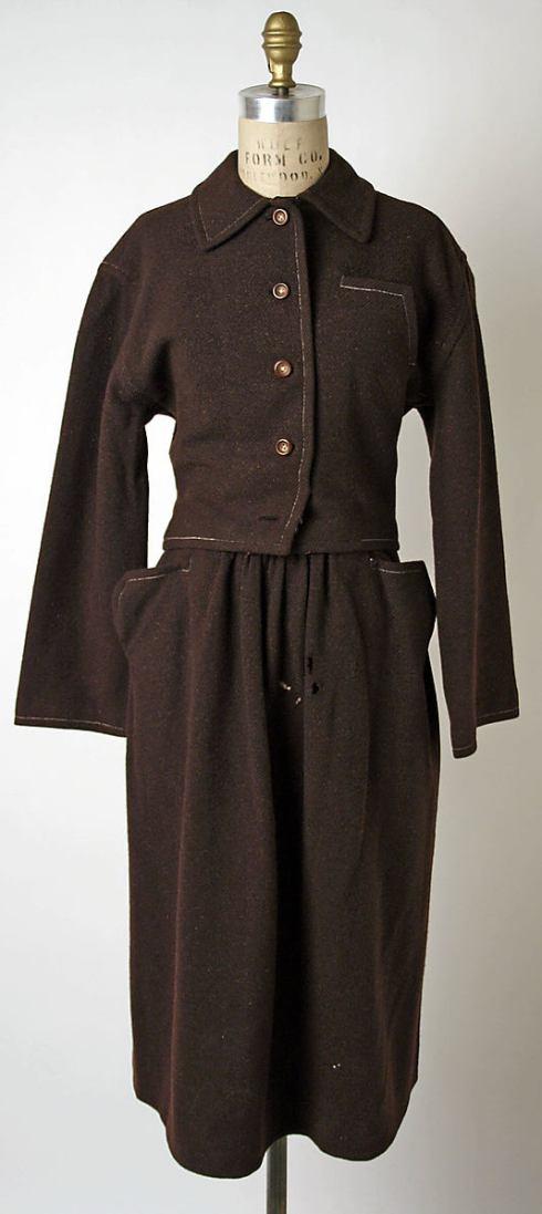 suit 1945