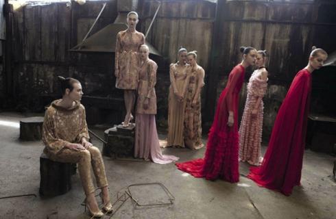 Valentino_Haute_Couture_FW12_deborah-photo