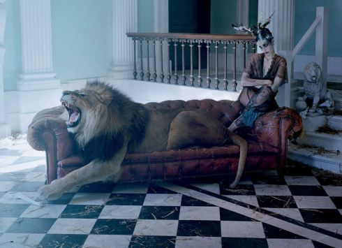karen-elson-edie-campbell-by-tim-walker-for-love-magaine-10-fall-winter-2013-2014-8