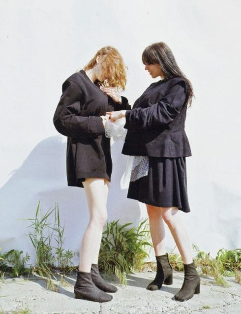 kirsten and margarette wearing margiela by mark borthwick for purple magazine 2000