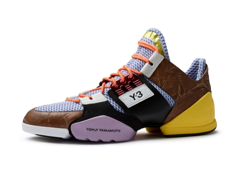 Spring-Summer-2014-footwear-by-Y-3-and-Peter-Saville-for-Adidas_dezeen_ss_151