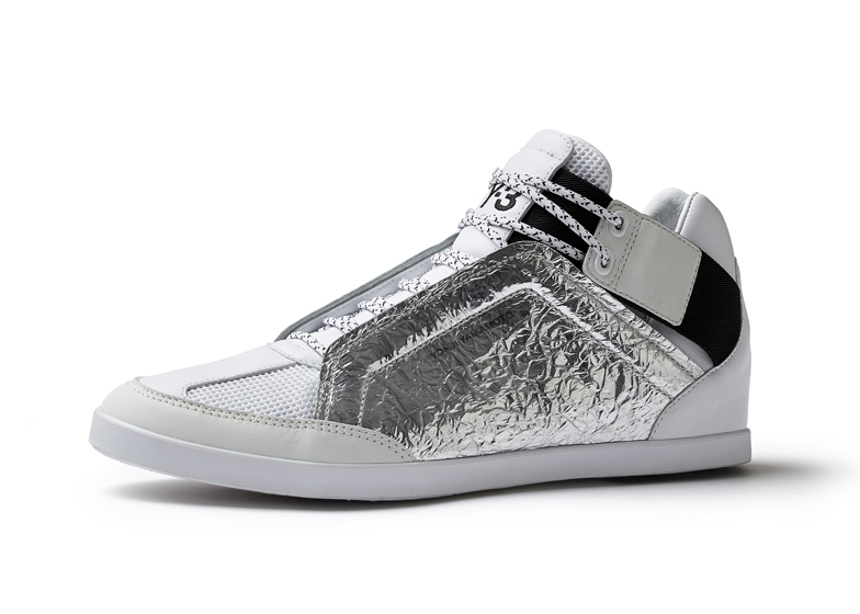 d8b98a4d26e3 Spring-Summer-2014-footwear-by-Y-3-and-