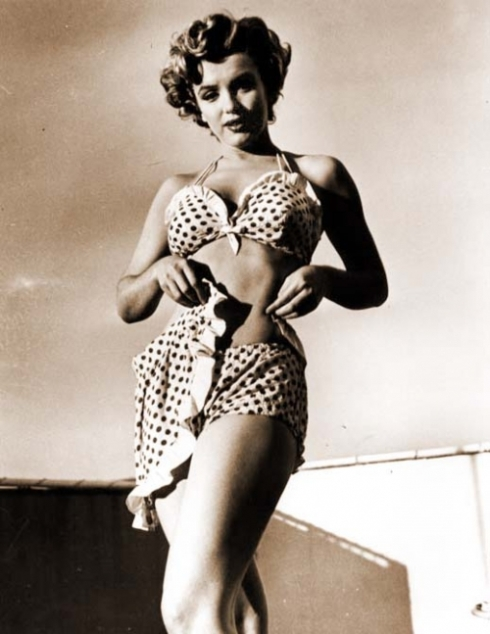 Marilyn Monroe in polka dot bikini