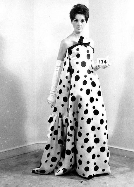 Balenciaga Model is wearing a Creation Haute Couture of Balenciaga,in 1964.