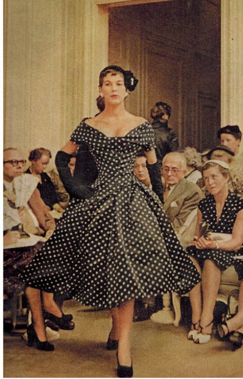 The polka dot dress below was Dior's best selling  'New Look' dress in 1954.
