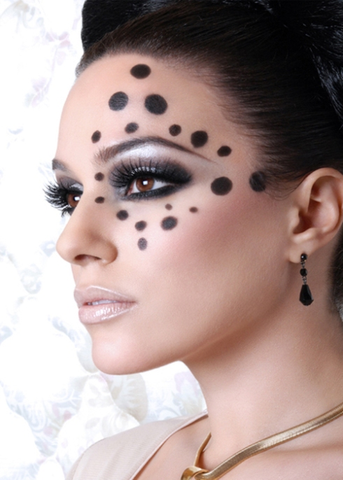 polka-dot-makeup