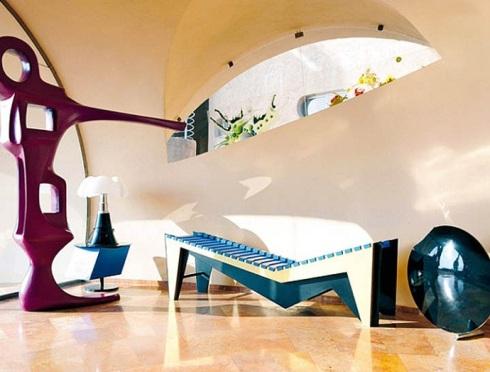 Pierre-Cardin's-Bubble-House-by-Antti-Lovag-designrulz-8