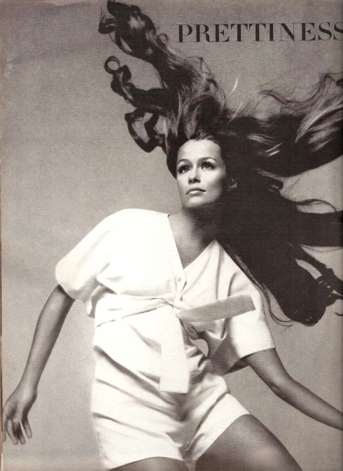 Lauren Hutton by Avedon