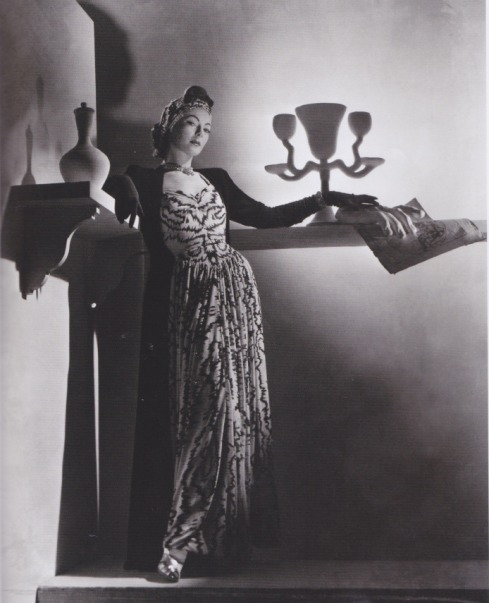 Lud by Horst P Horst in 1937. Image via Agnauta Couture.