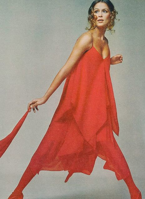 Lauren Hutton by Avedon 1971