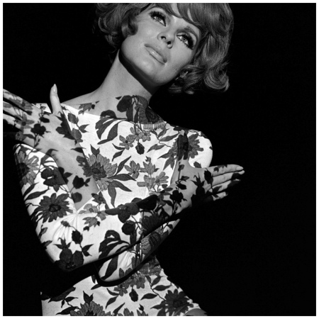 floral-projection-on-model-1960s-photo-john-french