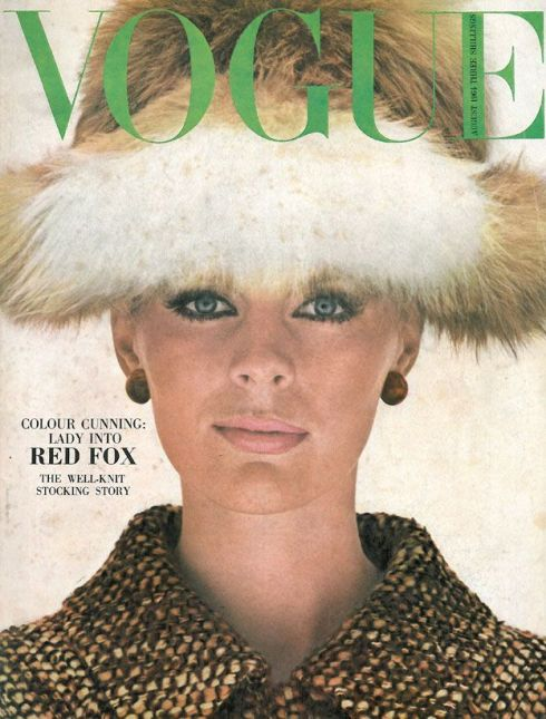 Vogue August 1964 COVER HELMUT NEWTON MODEL Pauline Stone