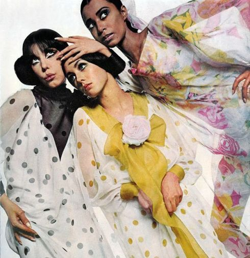 Donyale Luna, Peggy Moffit and Moyra Swann by Bailey. UK Vogue 1966 2