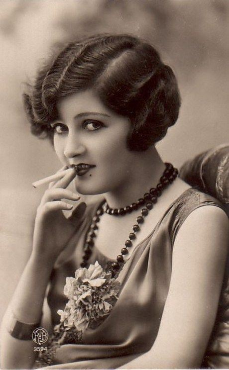 "Zelda Fitzgerald, the ""First American Flapper"""