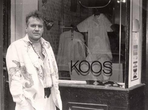 koosin front of his store, beginning 80ties