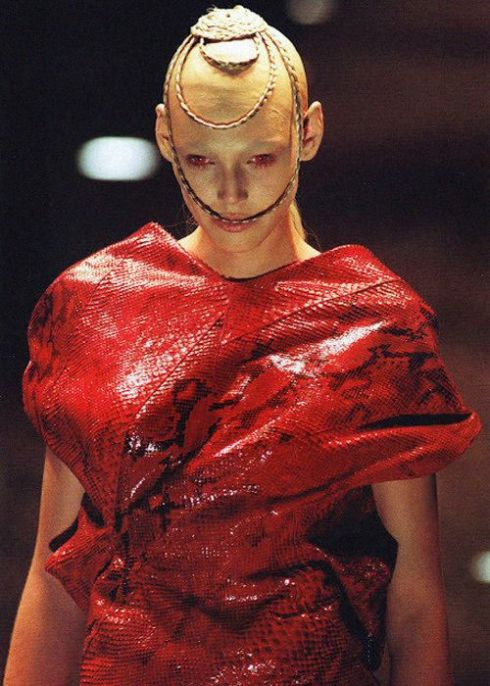 Alexander McQueen fw 98 'Joan'