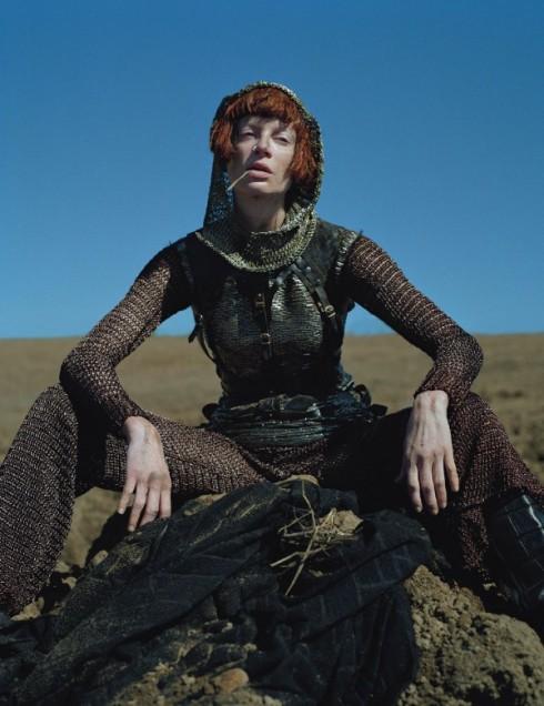 Tim-Walker-Dame-of-Thrones-W-MAgazine-Sept-2012-12--600x779