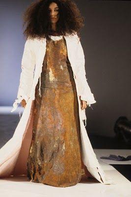 Hussein Chalayan Combining Technology Amp Fashion