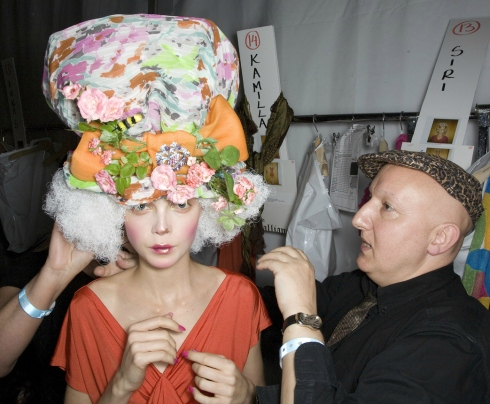 Siri Tollerod and Stephen Jones at John Galliano Backstage, Spring Summer 2009