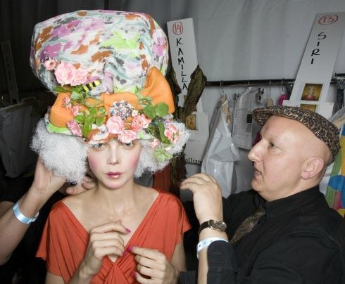 Siri Tollerod and Stephen Jones at John Galliano Backstage, Spring Summer 2009