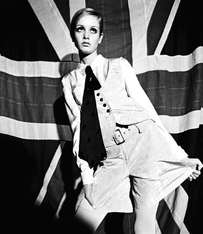 Twiggy, photographed by Terence Donovan for Woman's Mirror, August 27 1966