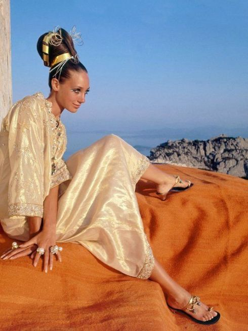 Vogue US November 1967 Marisa Berenson is wearing a golden silk caftan by Tina Leser Photo Henry Clarke