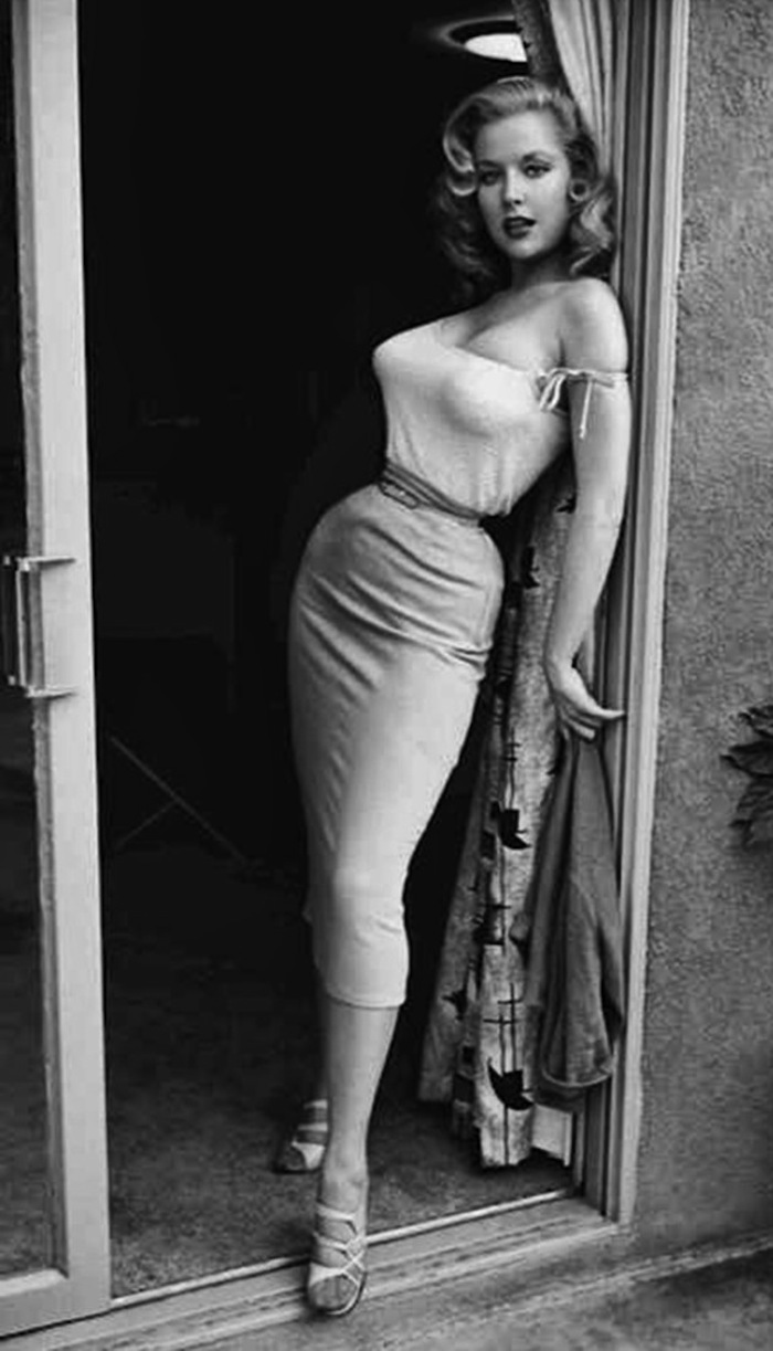 Betty Brosmer naked (47 foto) Topless, Instagram, cameltoe