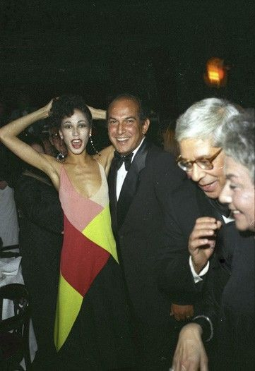 Pat Cleveland and Oscar de la Renta at