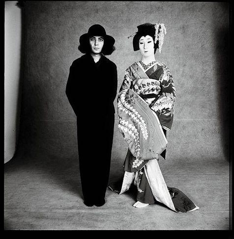 le-monde-photo-serge-lutens-1971