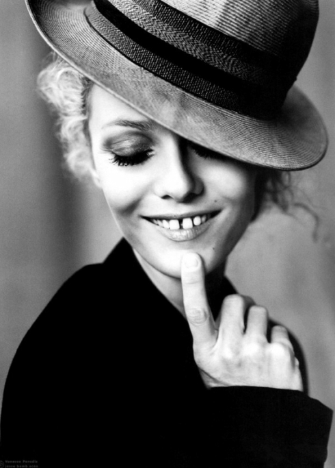 vanessa-paradis-black-white-french-vogue